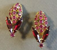 VINTAGE HOBE SIGNED RED PINK RHINESTONE CLIP ON EARRINGS (F)