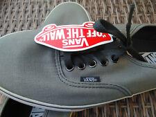 Scarpe VANS CLASSICS grigio EU 40 US Mens 7.5 US Women 9 Grey sneakers