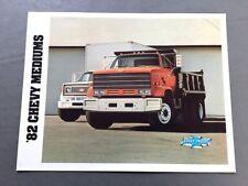 1982 Chevrolet Medium Truck  CS50 CS60 CS70 Canada Car Sales Brochure Catalog