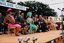 785082 Reina Madre en Highland juegos con el Primer Ministro lester B Pearson A4 Ph