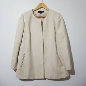 Maggie T Size 12 Cream Long Sleeve Jacket