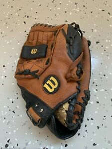 "Wilson XL Leather Softball Glove Mitt 13"" A0525 XL13 Right Hand Throw"