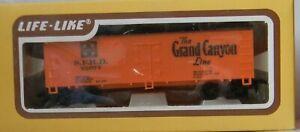 "Life-Like Boxcar ""Wood"" Reefer Santa Fe  GRAND CANYON Rd# SFRD 25077 - IOB - HO"