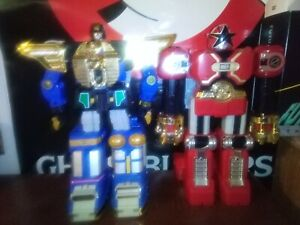 Zeo MegaZord and Red BattleZord DX 1997 Power Rangers Zeo