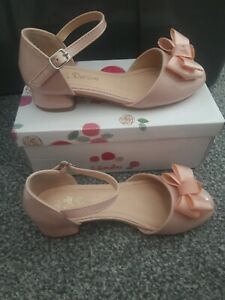 KIDS GIRLS CHILDRENS PATENT LOW BLOCK HEEL PARTY SHOES STRAP BOW SIZE 1