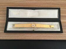 Patek Philippe Ladies Vintage 18K Gold With Original Case in Amazing Condition.