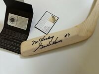 Gordie Howe Mr. Hockey Detroit Red Wings Signed Autograph Northland Stick UDA