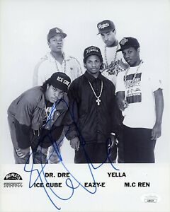 "~~ ICE CUBE Authentic Hand-Signed ""NWA Rapper Friday"" 8x10 Photo (JSA COA) ~~"