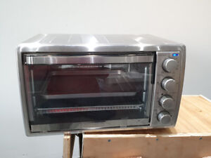Black and Decker 6 Slice Rotisserie Convection Countertop Oven