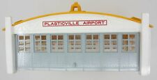Plasticville AP-1-Y Plasticville Yellow/Orange Airport Hanger