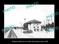 OLD LARGE HISTORIC PHOTO OF REDLANDS CALIFORNIA, THE RAILROAD DEPOT STATION 1940