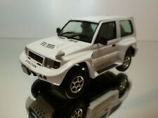 VITESSE MITSUBISHI PAJERO EVOLUTION - WHITE  1:43 - EXCELLENT CONDITION - 9