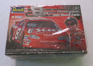 Revell NASCAR Budweiser 2004 Chevy Monte Carlo #8 Dale Earnhardt Jr. Model 1:24