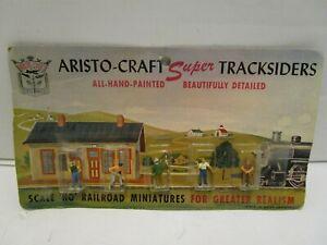 VINTAGE ARISTO-CRAFT SUPER TRACKSIDERS HO MINIATURE PEOPLE ***MINT ON CARD***