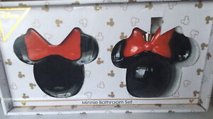DISNEY MINNIE MOUSE BATHROOM SET SOAP DISH DISPENSER BOTTLE RED BOW BNIB PRIMARK
