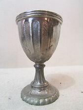 ancien coquetier en metal blanc argenté epoque 1900