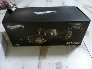 HOT WHEELS ELITE : MOTO BATMAN THE DARK KNIGHT TRILOGY BAT-POD 1/18