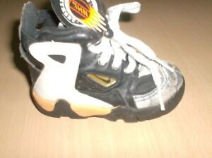vintage shoes nike baby street defender  collectors only       5 usa  new  1990