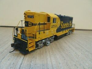 Atlas GP-7 locomotive Santa Fe HO scale DCC + sound for model railroad