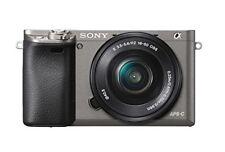 A - Sony Alpha A6000 cuerpo de la Cámara digital gris