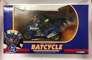 Corgi 77404 Batman - 2000 Dc Comics Batcycle