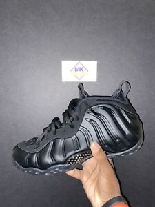 2020 NIKE AIR FOAMPOSITE ONE BLACK ANTHRACITE SIZE 10 PreOwned