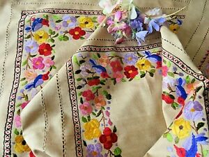 VINTAGE HAND EMBROIDERED TABLECLOTH/STUNNING FLORAL ASSORTMENT