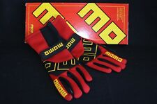 Momo Gloves Pro Racer Short red size 9 (CLEARANCE!) (FIA Homologation expired)