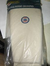 NEW VINTAGE BIKE #80 FOREARM PADS WHITE WITH LOGO  BRAND NEW IN PACKAGE LARGE