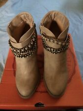 SO Chain Ankle Western Boot Tan 7M