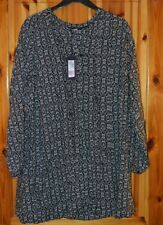 LADIES M&S COLLECTION LONG SLEEVE DRESS TYPE  TOP  BLACK AND WHITE SIZE 22 (B31)