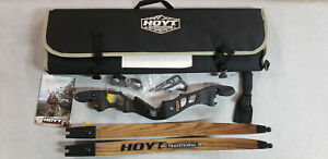 "Hoyt Satori 19"" RH Black Out Riser with Medium Maple Limbs"