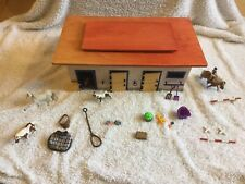 Schleich Retired Wooden Farm Stable Barn With Horses And Accessories
