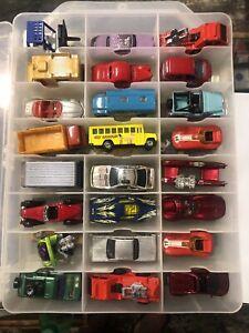 Matchbox & Hot Wheels Lot W/case Lot#5