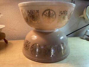 Vintage Set Of 2 1960 Pyrex Promotional Hex Signs 404 Tan Bowls 4 Qt Gold Leaves