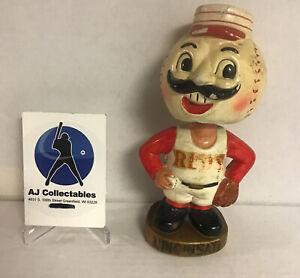 Vintage Cincinnati Reds bobblehead nodder 1967 sports specialties good cond. (DS