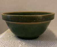 """Large Vintage Stoneware YELLOW WARE Mixing BOWL Green ~ PRIMITIVE 9"""" / Unbranded"""