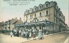 CPA Langrune sur mer Grand Hotel Cauvin très Animé Auto garage