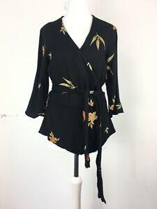 Zara Small 8/10 Black Wrap Top Tie Waist Floral Zoom WFH Flattering 3/4 Sleeve