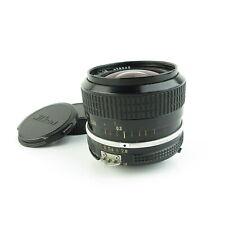 Nikon Nikkor 1:2.8 24mm Objektiv lens + caps