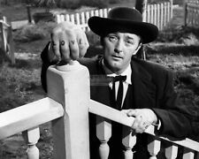 "Robert Mitchum In ""The Night Of The Hunter"" - 8X10 Publicity Photo (Op-375)"