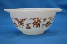 Vintage Pyrex Early American 1-1/2 pt Cinderella Bowl 441 Brown Pattern on White