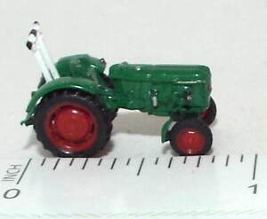 N Scale Farm Tractor in Green
