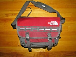 THE NORTH FACE LARGE MESSENGER BAG WATERPROOF CROSS BODY RED/GRAY Expandable