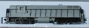 """Atlas N #49500 Undecorated Diesel F-M H24-66 """"Trainmaster"""" Phase 1A Powered"""