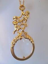 "BEAUTIFUL ""FROLICKING CHERUBS"" VINTAGE AVON MAGNIFYING GLASS PENDANT NECKLACE!"