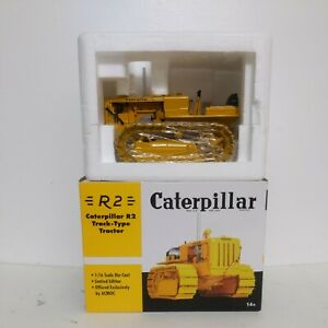 1/16 Caterpillar Cat R2 Track-Type Tractor - SpecCast