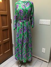 PS - Vtg Saks Fifth Avenue Mod 70's Floral Nylon Print Hooded Robe & Gown Set