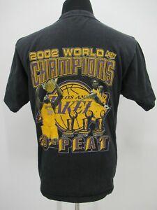 P4397 VTG Los Angeles Lakers World Champions 2002 Basketball-NBA T-Shirt Size L