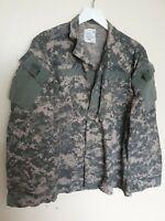 "Vintage Men US ARMY Combat Uniform Digital Camo Lightweight Jacket Size M 37-41"""